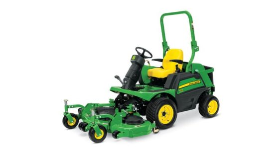 John Deere 1570 TerrainCut™ Front Mower 2430TC