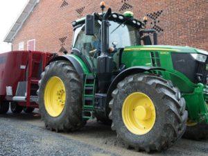 John Deere 6230R Tractor 08Q3L