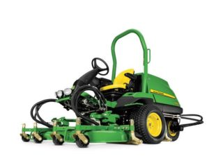 John Deere 7400A TerrainCut™ Trim & Surrounds Mower 1431TC