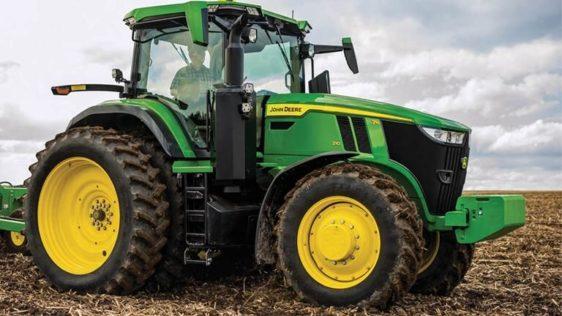 John Deere 7R 210 Tractor 8000RW