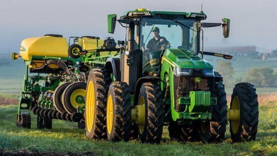 John Deere 8R 310 Tractor 8130RW