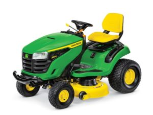 John Deere S220 Lawn Tractor with 42-in. Deck 3090GX